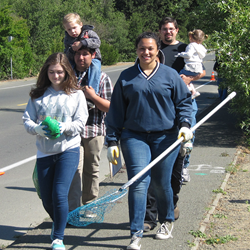 Rindler Creek cleanup volunteers